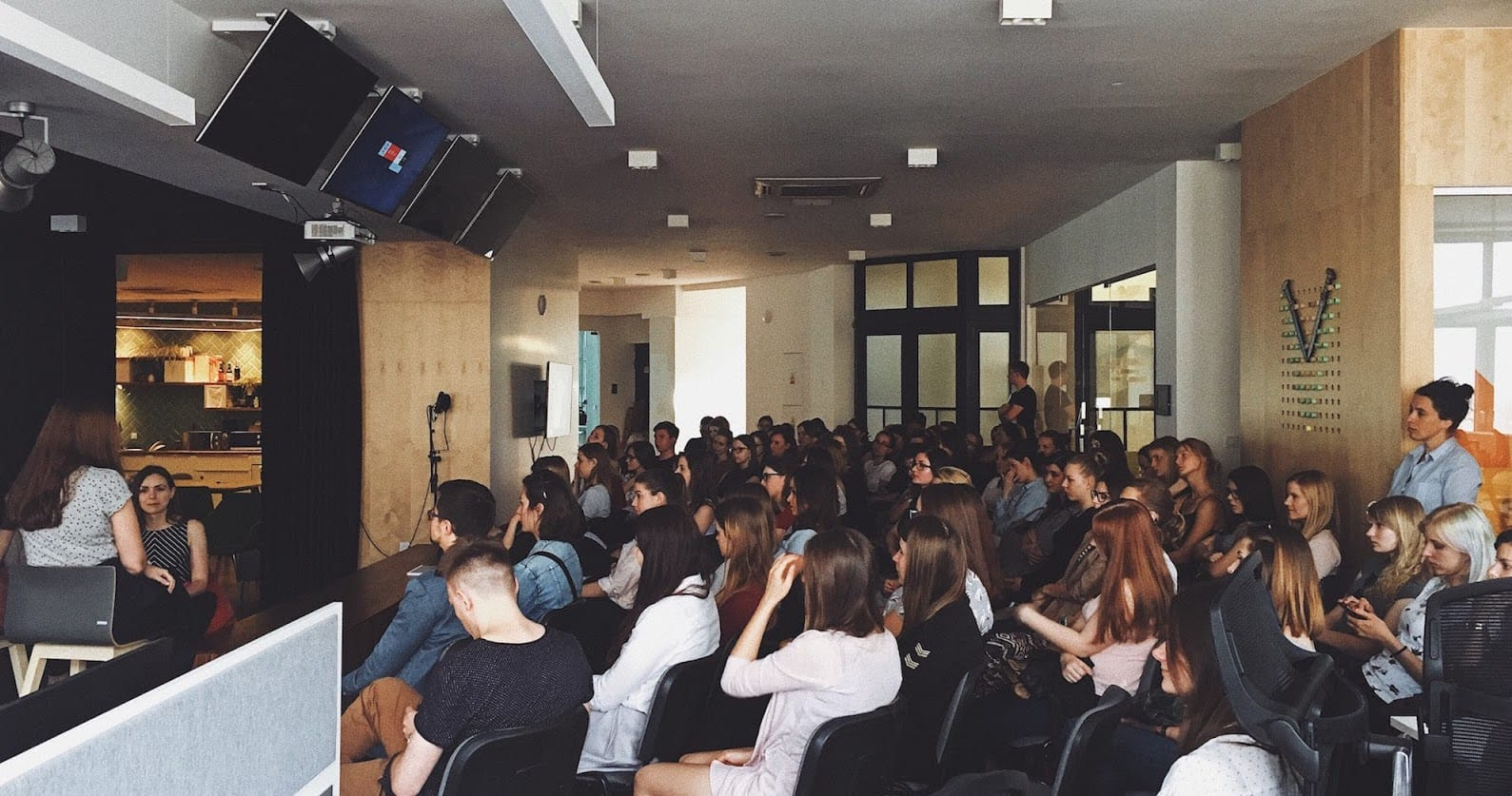 Girls in IT event at Monterail office